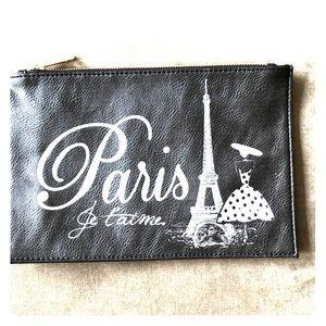 """""""Paris Je T'aime"""" Oversized Clutch"""
